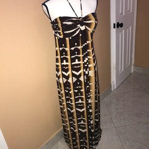 ⭐️💗⭐️VB -Valerie Bertinelli long dress .
